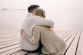 Perché l'abbraccio fa bene alla salute - Armonia Benessere